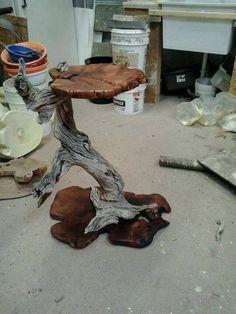 Творческая мастерская.Работа с деревом! Driftwood Furniture, Driftwood Projects, Log Furniture, Furniture Projects, Cool Woodworking Projects, Woodworking Patterns, Diy Woodworking, Cool Tables, Wooden Art