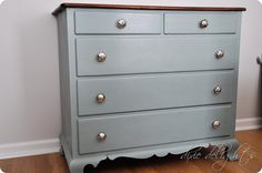 DYI Refinish Furniture With Chalk Paint