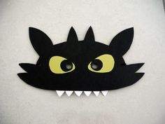 Toothless (How to train your dragon) mask for Book Week Parade.
