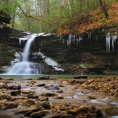 Winter Photography Weekend - Capture Pine Mountain State Park's beauty. Click for more details. #travelKy Photo by: Jamie Barnes #kystateparks #waterfallwednesday