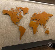Sonderanfertigung einer Designweltkarte im Rostlook Montage, Moose Art, Design, Animals, Brickwork, World Wide Map, Custom Cars, Stencils, Hang In There