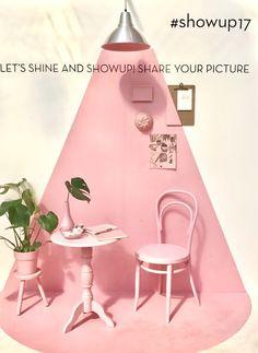 #showup17 Colorful Interior Design, Colorful Interiors, Booth Design, Wall Design, San Uriel, Shop Interiors, Modern Colors, Interior Paint, Restaurant Design
