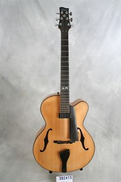 """Fahy (used, 2006) 16"""" Acoustic Archtop"""