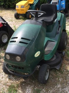 Al-KO,jardipro Anti vibrációs rendszerű motorral szerelve. Lawn Mower, Outdoor Power Equipment, Tractor, Lawn Edger, Grass Cutter, Garden Tools