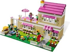 New pink Heartland Lego sets for girls