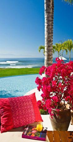 That's some 'clean' colors... Ahhhhh. Bonita Casa Tres Soles...#Mexico
