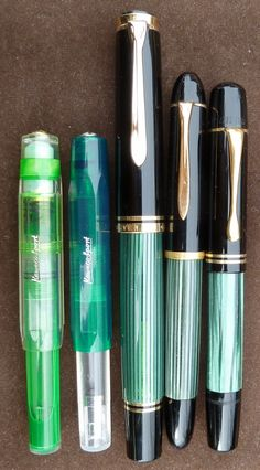 2 Kaweco sports and beautiful, Pelicans Kaweco Fountain Pen, Fountain Pen Ink, Small Fountains, Pen Collection, Dip Pen, Pen Case, Rollerball Pen, Pen And Paper, Writing Instruments