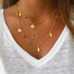 50 Ideas For Beautifully Layered Necklaces. For more ideas, click the picture or visit www.sofeminine.co.uk