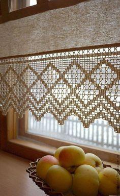 Crochet Motifs, Filet Crochet, Crochet Patterns, Crochet Curtains, Lace Curtains, Crochet Kitchen, Crochet Home, Crochet Cactus, Rustic Curtains