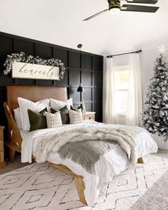 8 Cheap Things to Maximize a Small Bedroom This neutral holiday decor stands out among classic red tone Christmas spaces! And a Christmas tree in the bedroom? Winter Bedroom, Accent Wall Bedroom, Accent Walls, Boho Stil, Bedroom Black, Home Decor Bedroom, Bedroom Fun, Bedroom Ideas, Bedroom Inspiration