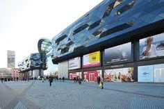 Светодиодный медиакомплекс из 9-ти видеоэкранов ЕКТА для нового киевского ТРЦ Ocean Plaza