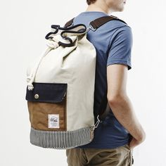 Duffle Bag Ivory + Navy by DRIFE