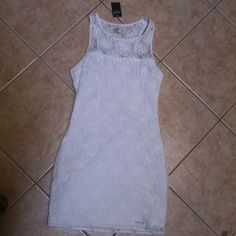 Abercrombie lace bodycon dress Brand new with tags. Zips from the side. Abercrombie & Fitch Dresses