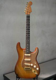 Fender Stratocaster, Fender Guitars, Fender American Standard, Guitar Kits, Guitar Collection, Guitar Building, Vintage Guitars, Musicals, Electric Guitars