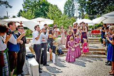 Hochzeit Manuela & Michael Standesamt Grieskirchen - Landschloss Parz feierlicher Auszug