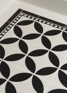 Victorian Floor Tiles Hand Decorated Tiles Montague Black on Dover White 75 x 75 with Cavendish border and corner in Black on Dover White (Simple Checkerboard pattern in Dover White and Black)