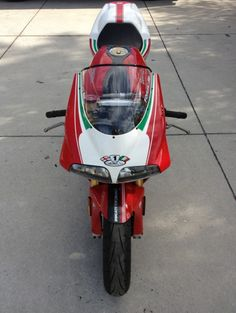 Parting out a MINT 2001 Tricolore w/ only miles!ms - The Ultimate Ducati Forum Ducati 996, Ducati Superbike, Ducati Motorcycles, Cars And Motorcycles, 500 Miles, Super Bikes, Cafe Racers, Scrambler, Skateboard