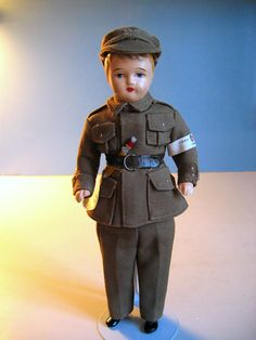 Finnish soldier. He mint, which is unusual, and he comes from eBay too. An odd way for a Finn to get Finnish dolls.