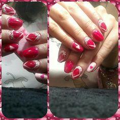 my nails fouksia colour diamond