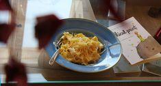 Spaghetti, Pizza, Ethnic Recipes, Food, Essen, Yemek, Spaghetti Noodles, Meals