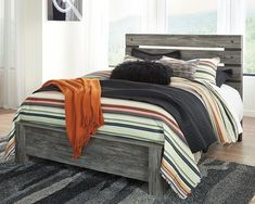 Complete your Bed Frame with a Full, Queen, or King Headboard. Ashley Furniture HomeStore offers Upholstered, Leather, and Wooden Headboards to match your room design. Black Headboard, Panel Headboard, Panel Bed, Pallet Furniture, Furniture Making, Bedroom Furniture, Home Furniture, Furniture Mattress, Cheap Furniture