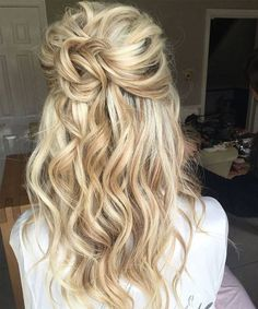Just Amazing VSCO Girl Hairstyles for Long Hair to Look Modern and Visible Party Hairstyles For Long Hair, Face Shape Hairstyles, Straight Hairstyles, Girl Hairstyles, Trending Hairstyles, Latest Hairstyles, Long Faces, Beauty Hacks, Beauty Tips