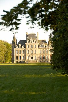 Chateau Bosgouet - Normandy. Sigh. Cooking Class and stay in this chateau definitely on the wish list