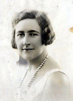 Agatha Christie young lady