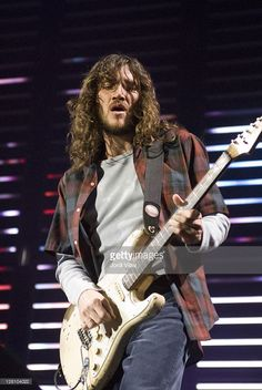 John Frusciante of Red Hot Chili Peppers performs on stage at Palau Sant Jordi on May 30, 2006 in Barcelona, Spain.