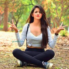 Chandigarh Hot Girls Desi Pictures – Chandigarh Aunty Hottest Pictures And Images Pose Portrait, Portrait Photography Poses, Photography Poses Women, Portraits, Modelling Photography, Dslr Photography, Indian Photography, Nature Photography, Stylish Photo Pose