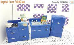 Canada 150 Celebrates Renwal Kitchen Sink Stove Fridge Copenhagen Blue Appliances Toy Dollhouse Retro Style Painted Sealed Hard Plastic