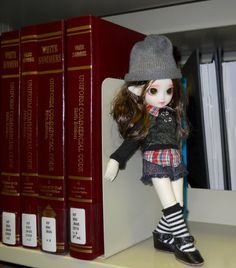 Mimi - Doll Leaves Fay