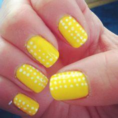 36 Nuevas fotos de uñas pintadas de amarillo #YellowNails   Pintar Uñas