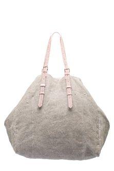 Modish handbag - cool image