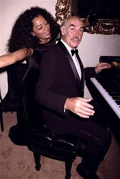 Diana Ross and Sean Connery at a film society gala in his honour at Lincoln Centerin NYC on May 1997 Sean Connery, Diana Ross, Hot Actors, Actors & Actresses, Scottish Actors, Vintage Black Glamour, Old Hollywood, Classic Hollywood, Ringo Starr