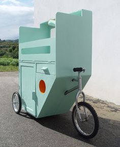 portugese designers mama & papa (jacinta and casimiro costa) have sent in images  of their project '25 pedra de sal' a mobile baby care unit.