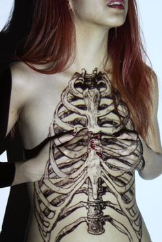 Projections by Dominique Nghiem --     Alice Vo (ahlala-alice) - Human Anatomy    http://ahlala-alice.tumblr.com/
