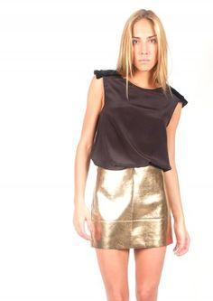 Mini-falda metalizada - Golden mini-skirt   www.sayan.es   SAYAN