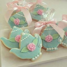 Lovely cookies! This would be great to make for a special occasion!