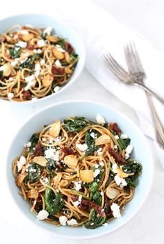 Spaghetti with Sun Dried Tomatoes & Spinach from @twopeasandpod