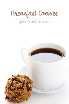 This breakfast cookie recipe is simple, full of energy-rich ingredients, and sure to get your day off to a sweet start. | gimmesomeoven.com