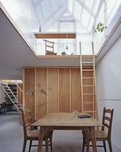 10 Radical Japanese Staircases