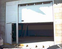 Portone sezionale con porta di sicurezza laterale Home Appliances, House Appliances, Appliances