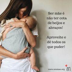 Que delícia poder distribuir muitooossss beijinhos e abraços durante o dia! As vezes quando estou fazendo comida ou limpando a casa paro tudo e vou dar um abraço gostoso na minha baby...porque isso sim é o mais importante o resto eu posso fazer depois mas esse momento vai passar na vida da minha filha e portanto preciso aproveitar cada segundo! #beijoseabraços #amordemãe #muitoamorenvolvido #semcotasparabeijoseabraços #maternidade #investindonoquetemvalor