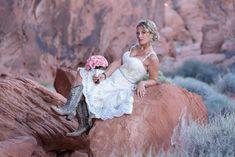 #valleyoffirewedding #lasvegaswedding #lasvegasrodeo #NFR #destinationwedding #photographer #nikon #luvbug #pinkbeetle