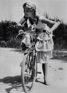 Brigitte Bardot (1956)