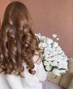 Cool Girl Pic, Girl Hand Pic, Cute Girl Face, Cute Girl Photo, Pakistani Fancy Dresses, Adriana Lima Lingerie, Bad Girl Aesthetic, Dream Hair, Flower Fashion