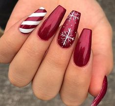 32 Eye Catching Nail Design Ideas Perfect For Winter - Millions Grace - Nägel -. - 32 Eye Catching Nail Design Ideas Perfect For Winter – Millions Grace – Nägel – - Chistmas Nails, Cute Christmas Nails, Christmas Nail Art Designs, Xmas Nails, Winter Nail Designs, Winter Nail Art, Holiday Nails, Winter Nails, Christmas Christmas