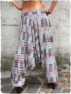 Pantaloni Olgado Ampio pantalone con elastico in cintura. made in Guatemala 100% cotone lavabile in lavatrice 0° S-M M-L Tessuto realizzato con telaio manuale  #LaMamita #ModaEtnica #ModaItaliana #ModaPrimavera #SpringFahion #SummerFashion #Ethnic