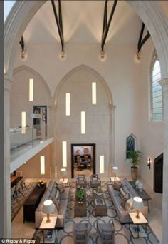 Converted Church With Modern Interior Decor: the focal point of the house is the magnificent drawing room that boasts vaulted ceilings, original stone pillars and oak beams. Chapel Conversion, Church Conversions, Interior Exterior, Interior Architecture, Beautiful Interiors, Beautiful Homes, House Beautiful, Salas Lounge, Hotel Restaurant